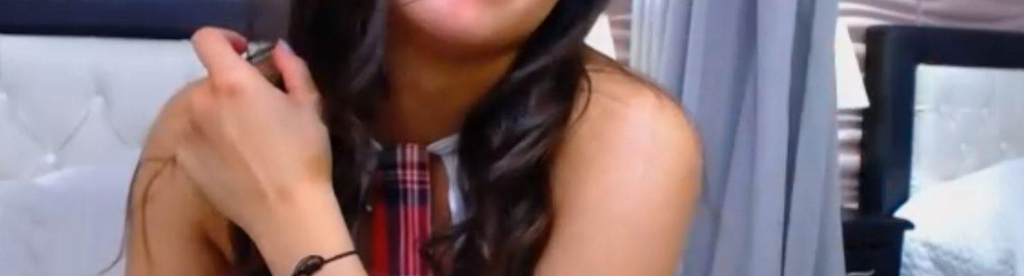 latina 18 schoolgirl cam girl